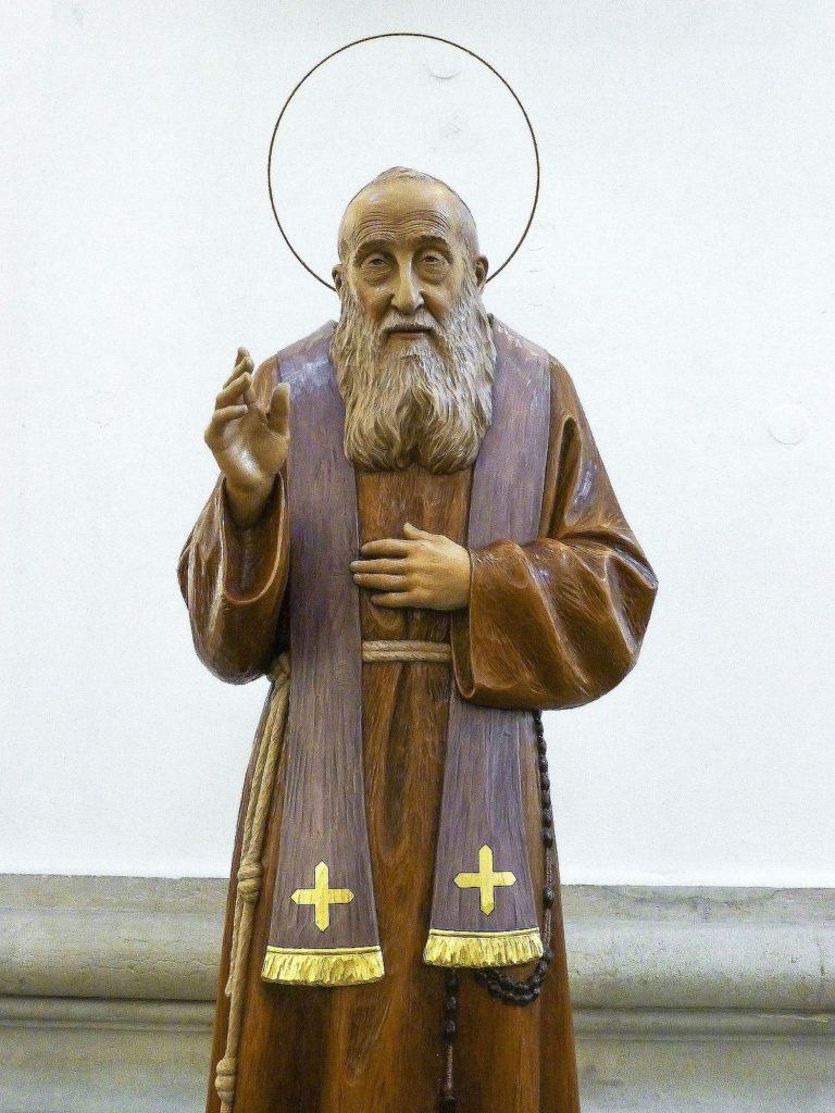 Tra i santi nella Cattedrale